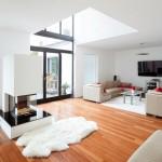 Wohnzimmer mit modernem Ofen