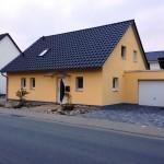 Einfamilienhaus in Gelbton Straßenansicht