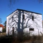 Architektenhaus mit Baumschatten