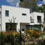 Gartenansicht eines Kosima Hauses
