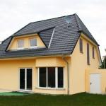 Einfamilienhaus Gartenansicht