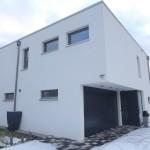 Architektenhaus im Winter Hauseingang