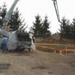 Kranarbeiten mit Bauarbeiter