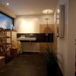 Badezimmer von Kubus mit Ausblick mit Licht