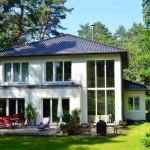 Modernes Massivhaus Klassika Gartenansicht