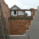Massivhaus wird gemauert