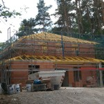 Stadtvilla Rohbau mit offenem Dachstuhl